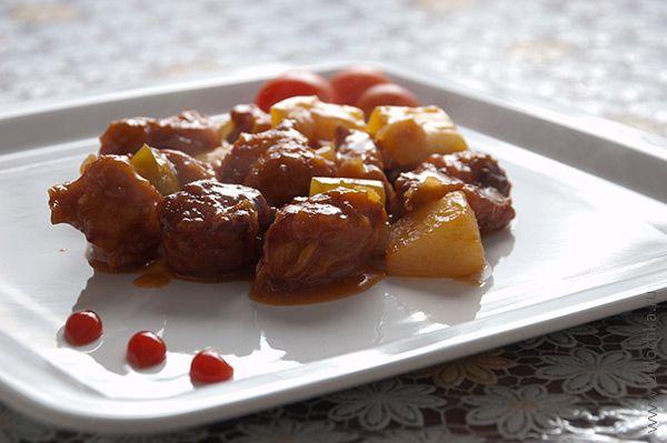 Курица в кисло-сладком соусе по-пекински