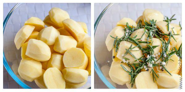 Смешиваем картофель с ароматной смесью из розмарина, соли, перца, чеснока и оливкового масла