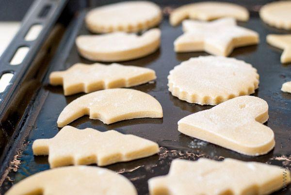Отправляем коржики в духовку на 15-20 минут