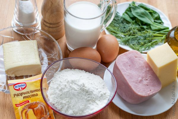 Ингредиенты для маффинов с ветчиной и сыром