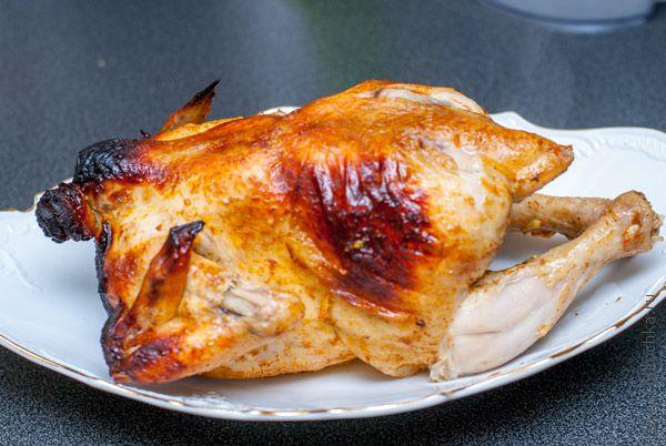 Курица на бутылке готова