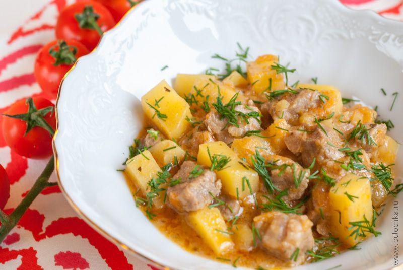 Картофель тушёный смясом