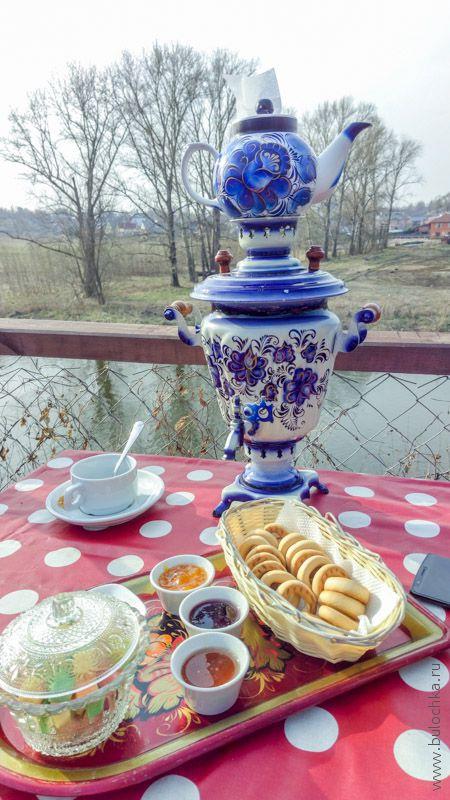 Самовар в кафе «Русская чайная», г. Суздаль