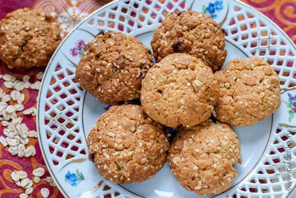 Печенье из мюсли готово