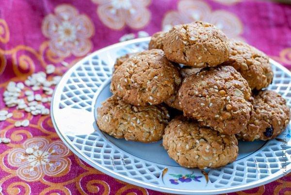 Рецепт печенья с мюсли и кунжутом