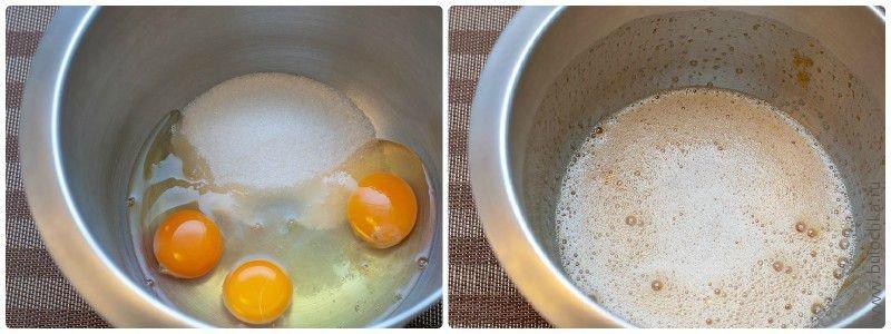 Взбиваем яйца с сахаром до однородного состояния
