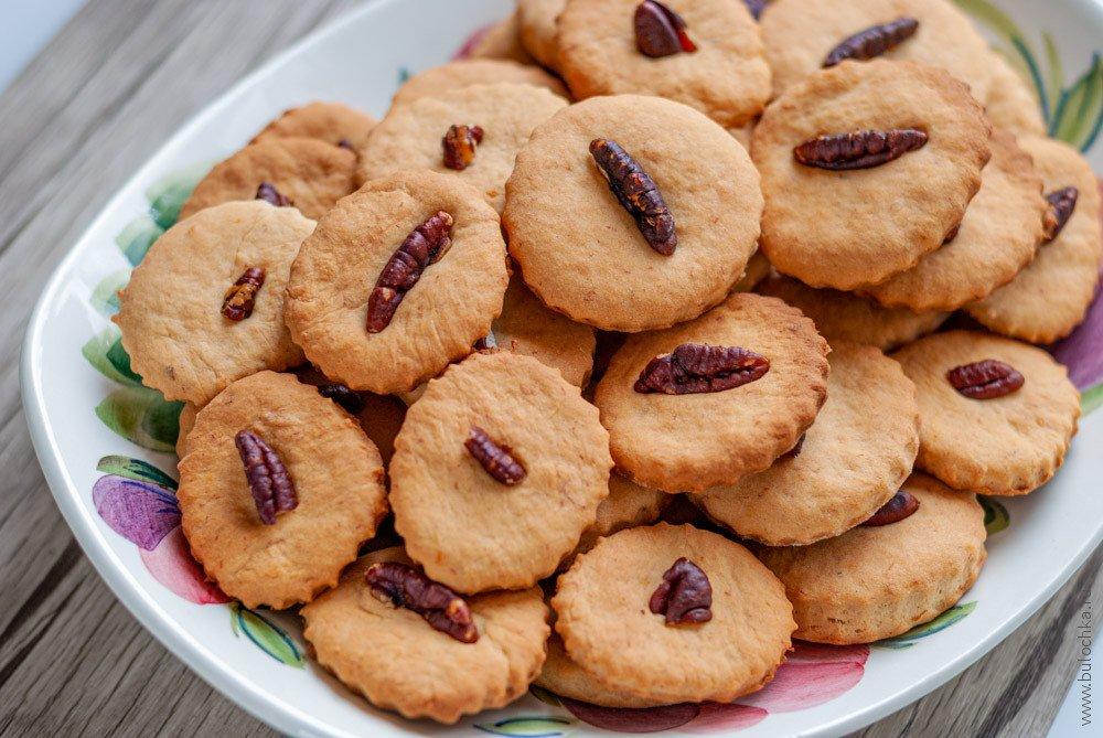 Банановое печенье сорехами