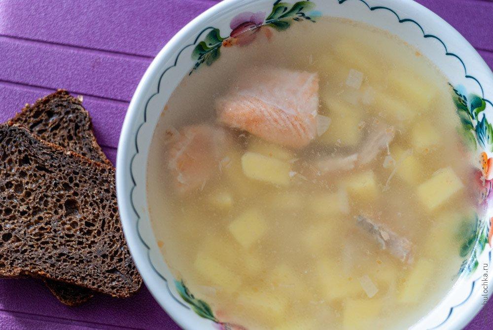 Рыбный суп с форелью или сёмгой